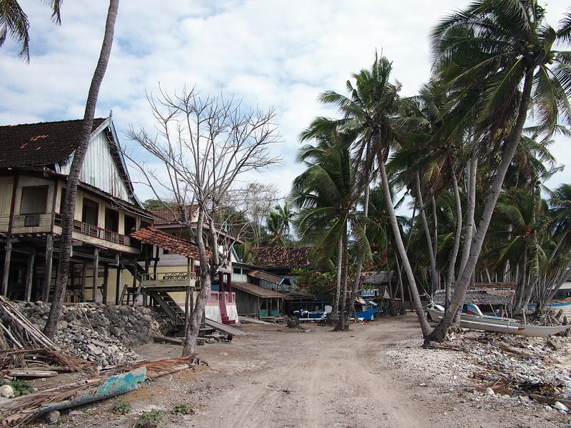 P9109148-east-beach-fishing-village.JPG