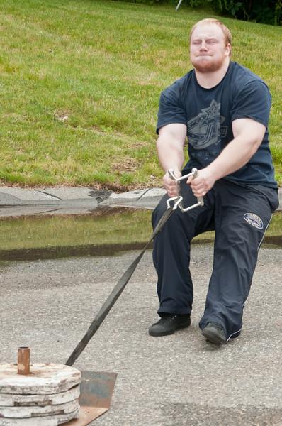Fitness Revolution Strongman Challenge 2011_ERF4276.jpg
