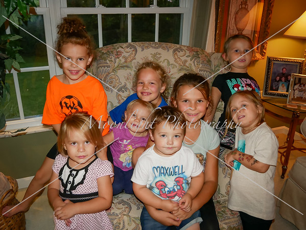 Walt's grandkids and great grandkids