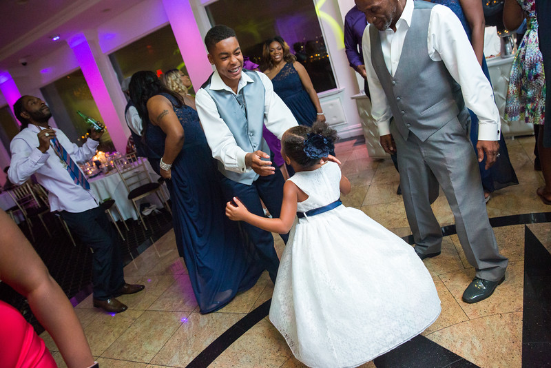 MER__1437_tonya_josh_new jerrsey wedding photography.jpg