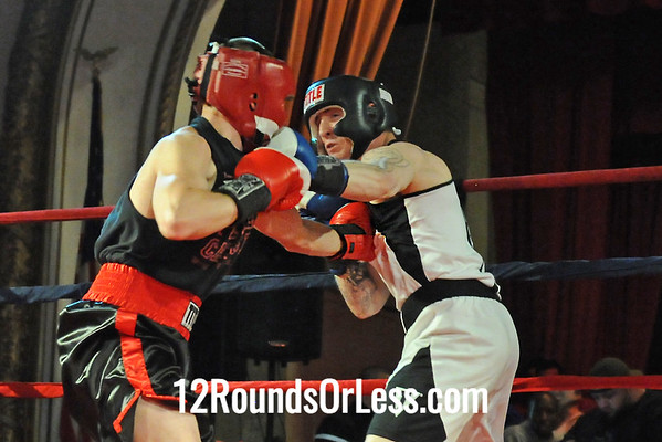 Bout 4 Kevin Cole, Terminator BC, Green -vs- Collin Kaplowitz, Ron Connolly, Willoughby, 152 lbs  Novice