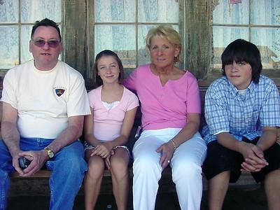 2004 Family