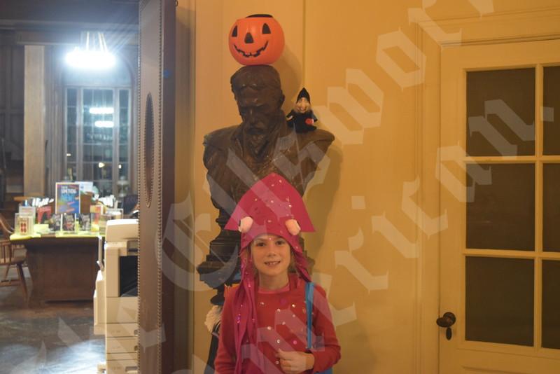 Ledgelawn Halloween 2019 5.jpg