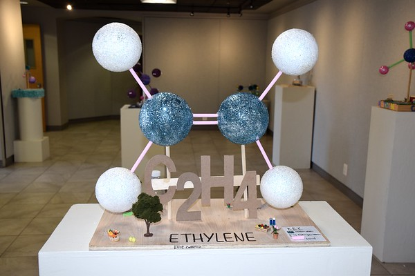 Science/Art Pop-Up Show