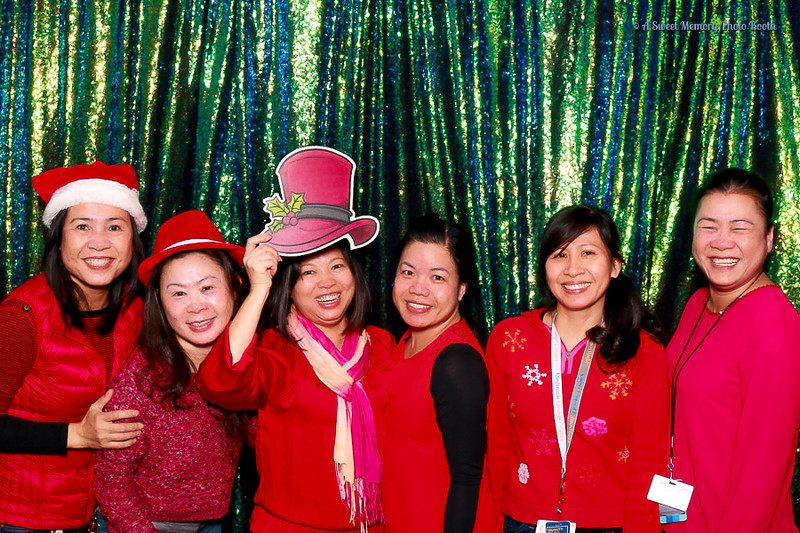 Medtronic Holiday Party -6.jpg