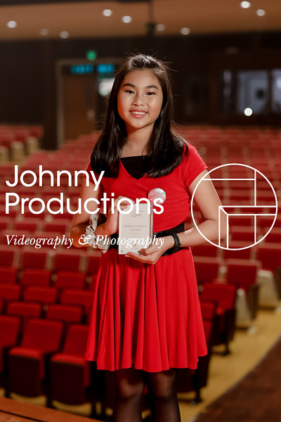 0047_day 1_award_red show 2019_johnnyproductions.jpg