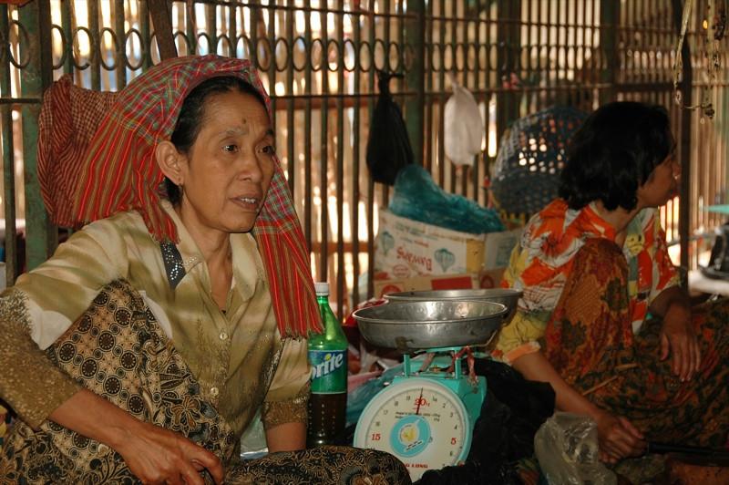Market Vendors - Battambang, Cambodia