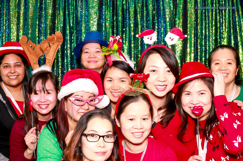 Medtronic Holiday Party -13.jpg