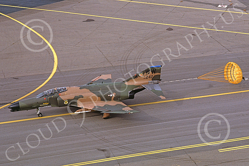 F-4USAF 00351 A taxing McDonnell Douglas F-4G Phantom II USAF 69242 Wild Weasel 32nd TFW WW code Hill AFB 10-1981 military airplane picture by Carl E Porter.JPG