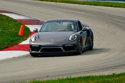 2019 SCCA TNiA Pitt REace Adv Dk Silver Porsche