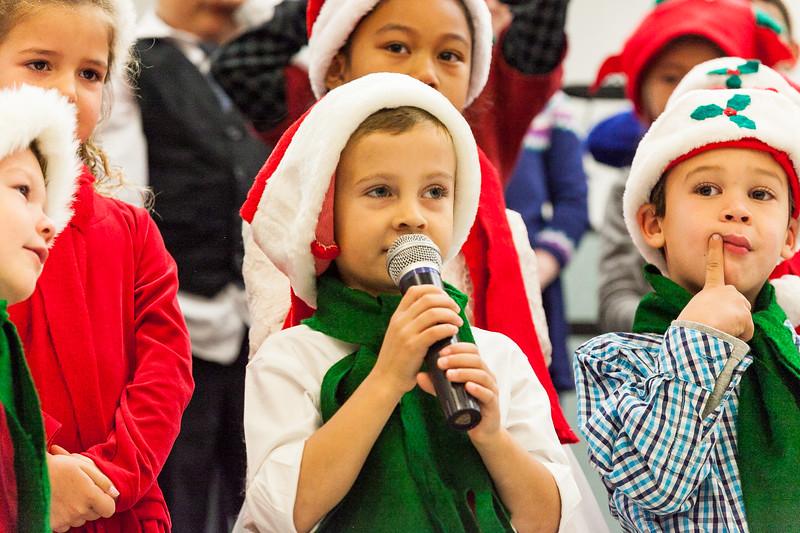 Christmas Kindergarten-16.jpg
