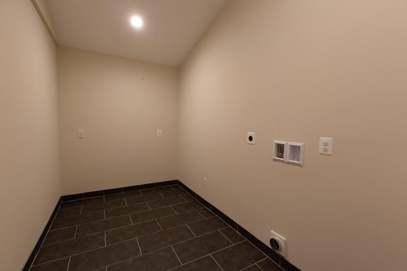 Locust Street House 101-HDR.jpg