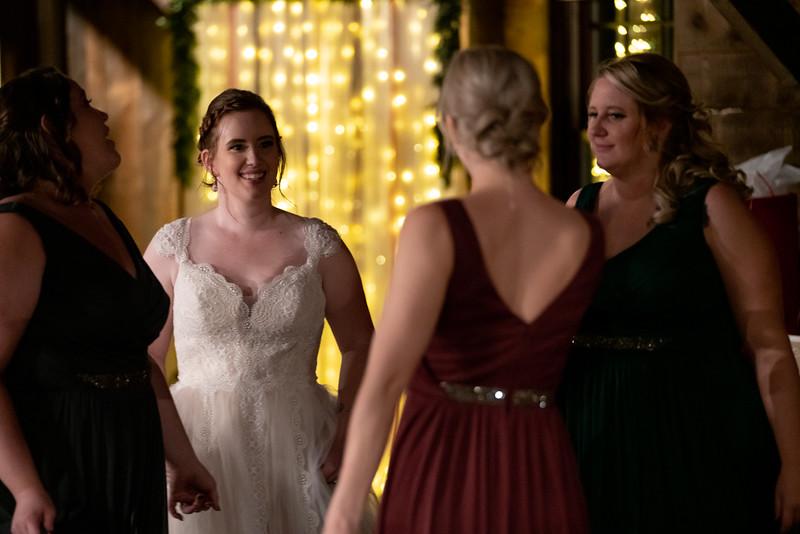rustic_ohio__fall_barn_wedding-439.jpg