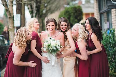 Portland City Wedding | Caitlyn + Anthony | Seattle Wedding Photographer