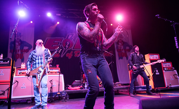 DAVID LIPNOWSKI / WINNIPEG FREE PRESS  Eagles Of Death Metal led by frontman Jesse Hughes performs with the band at the Burton Cummings Theatre Sunday May 1, 2016.