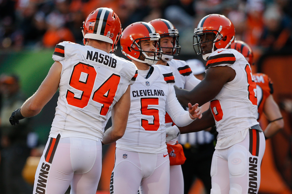 . Cleveland Browns kicker Zane Gonzalez (5) celebrates with his teammates after kicking a field goal in the first half of an NFL football game against the Cincinnati Bengals, Sunday, Nov. 26, 2017, in Cincinnati. (AP Photo/Gary Landers)