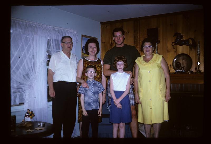 1966 Family_257.jpg