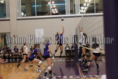 Volleyball Varsity September 3 2013
