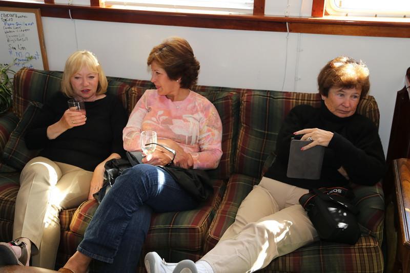 Linda, Linda and Lee.