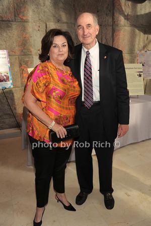 Eileen Denihan, Dennis Denihan   photo  by Rob Rich © 2014 robwayne1@aol.com 516-676-3939