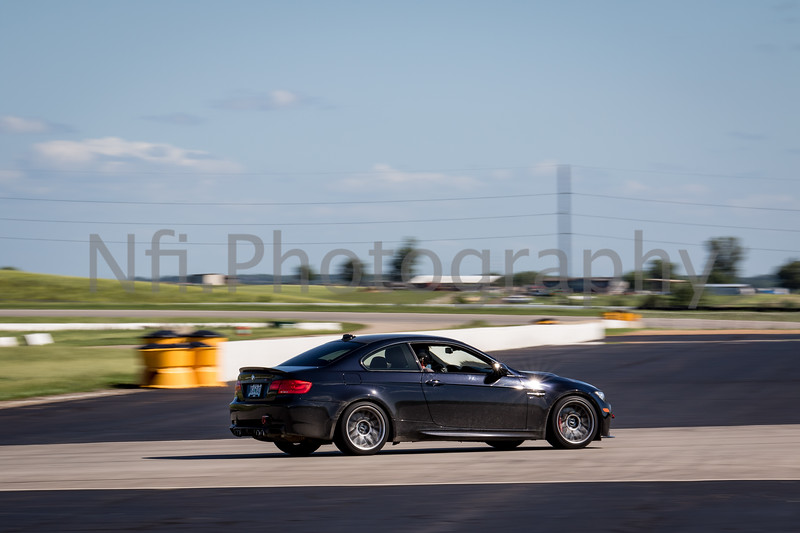 Flat Out Group 2-206.jpg