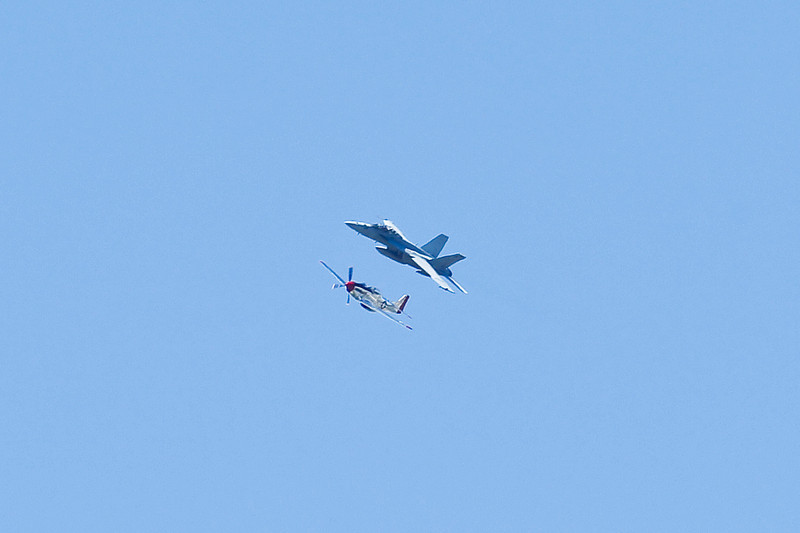 AirshowPatternFlyers_082310_032.jpg