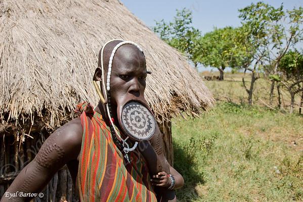 Mursi tribe- שבט המורסי