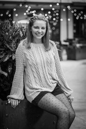 Lakyn Meeder - Senior Pics