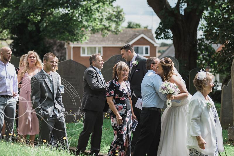 Lauren & Christopher -Wedding-By-Oliver-Kershaw-Photography-134628-2.jpg