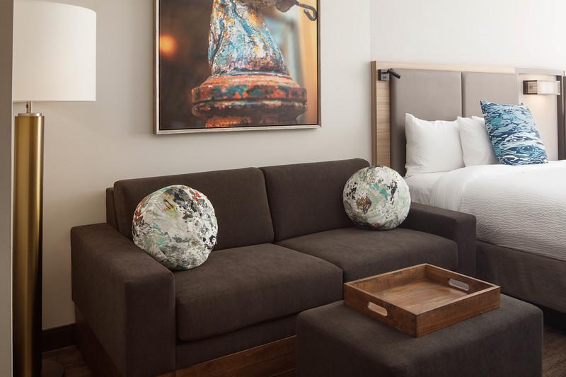 6-sofa room king SHS.jpg