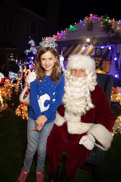 12-08-19-Christmas With Chris & Family-48.jpg