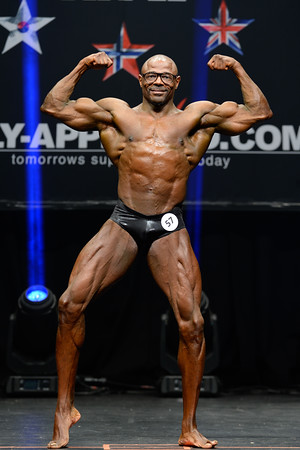 Novice Mens Classic Physique Class Masters Open