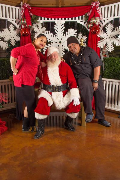 Santa 12-16-17-348.jpg
