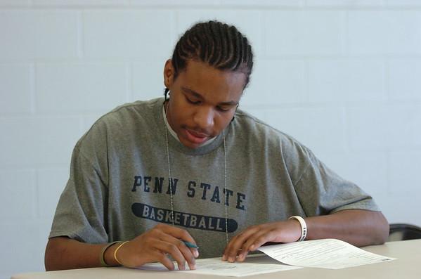 Woodyard Signing with PSU