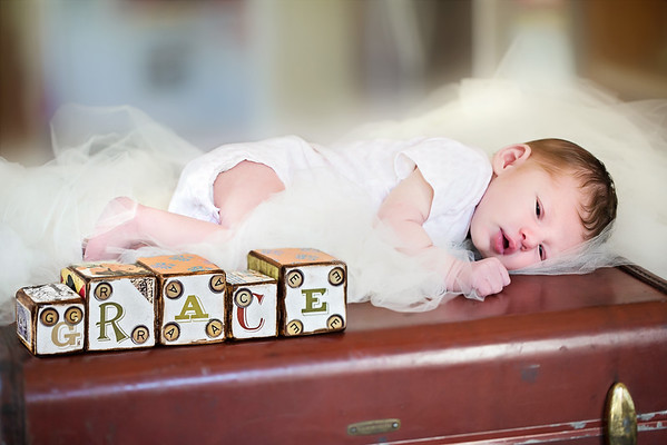 Grace - Newborn & Holiday Session