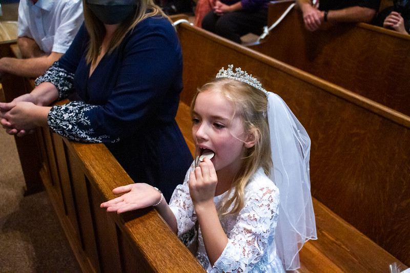 CNP_SUNDAY_FIRST_COMMUNION-13.jpg