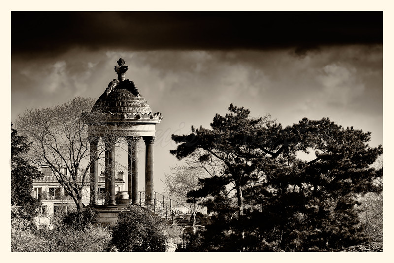 20150401_Buttes-Chaumont_0020-BW.jpg