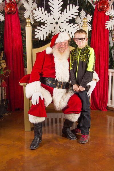 Santa 12-16-17-355.jpg
