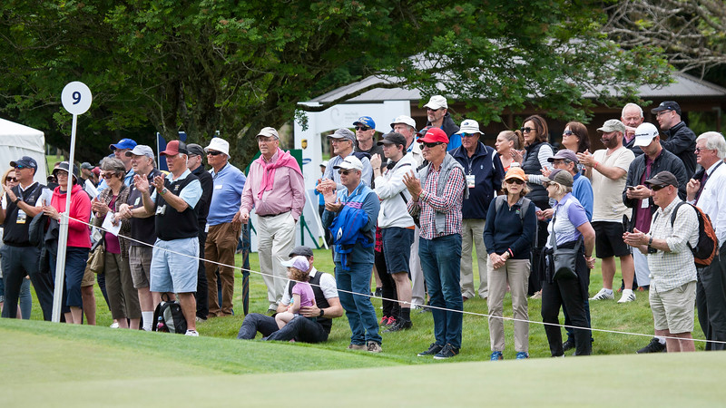 Fans  the action at the 9th green on the final day of the Asia-Pacific Amateur Championship tournament 2017 held at Royal Wellington Golf Club, in Heretaunga, Upper Hutt, New Zealand from 26 - 29 October 2017. Copyright John Mathews 2017.   www.megasportmedia.co.nz