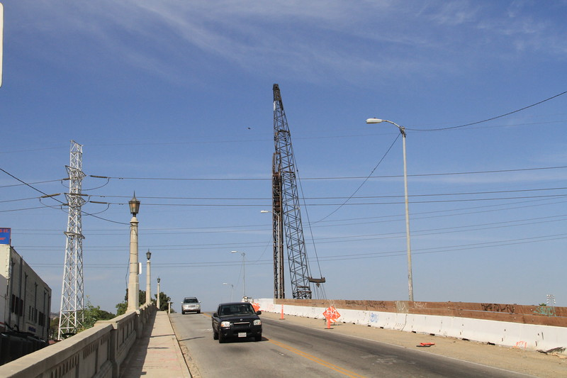 2014-05-17_NorthSpringBridge_Widening_2921.JPG