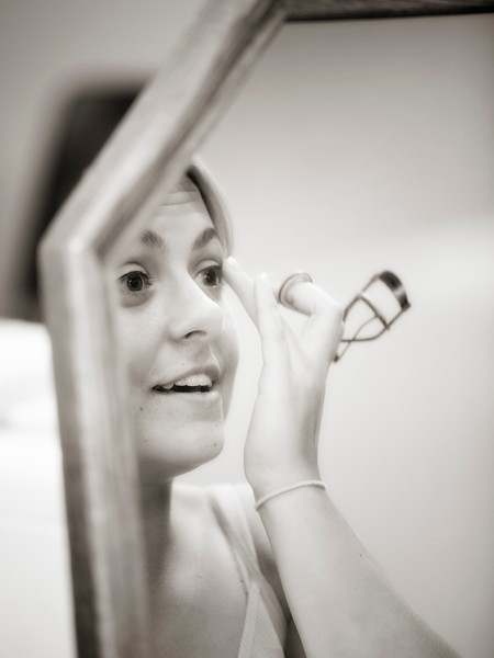 bride in mirror.jpg