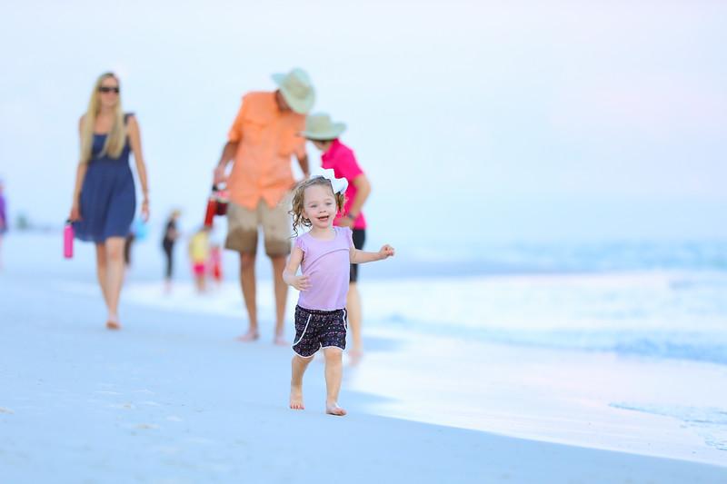 Harper at the beach-43.jpg