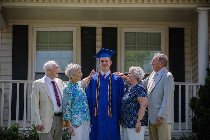 Daniel Graduation-14.jpg