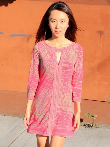 beautiful woman model red dress 034.090...