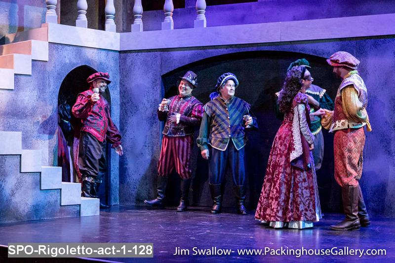 SPO-Rigoletto-act-1-128.jpg