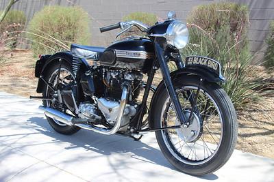 1953 Triumph Blackbird (Hoard)