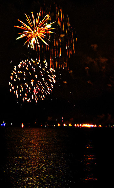 BR_fourth_fireworks_2.jpg