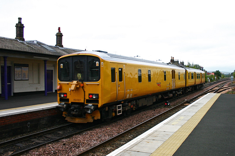 This first generation sprinter has been converted to a test train for Network rail and numbered 950001.  Here it will enter the Newburgh branch with 2Z08 1335 Haymarket to Aberdeen.  10/10/2005