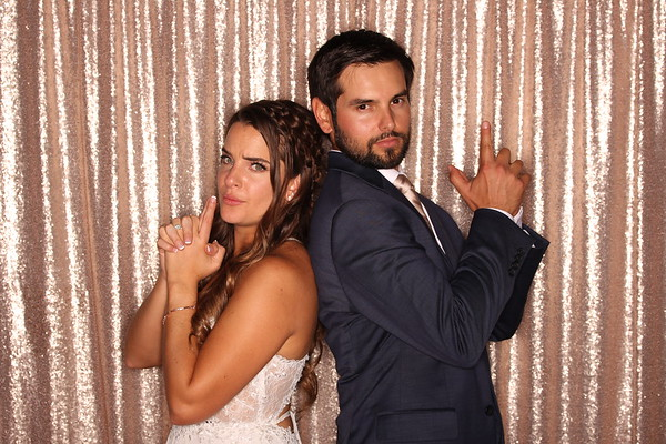 Amanda & Mark
