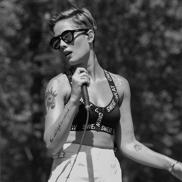 HALSEY AT THE MADE IN AMERICA FESTIVAL